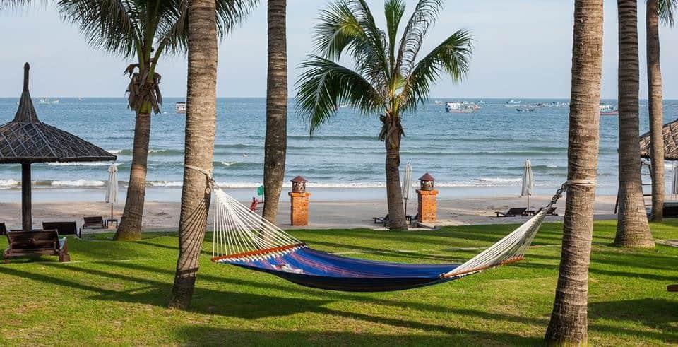 CAMBODIA VIETNAM MEKONG CRUISE & BEACH